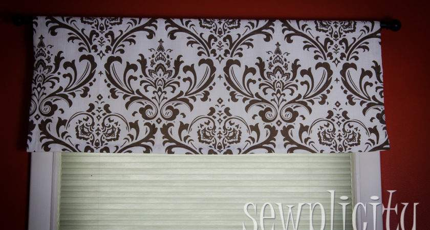 Quick Easy Lined Valance Sewplicity