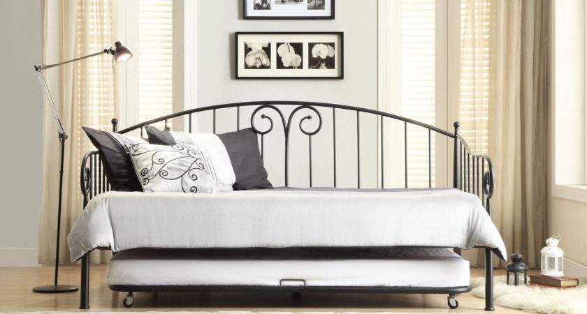 Ruby Black Metal Daybed Trundle Homelegance