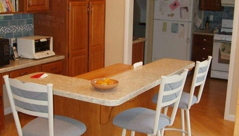 Shaped Kitchen Islands