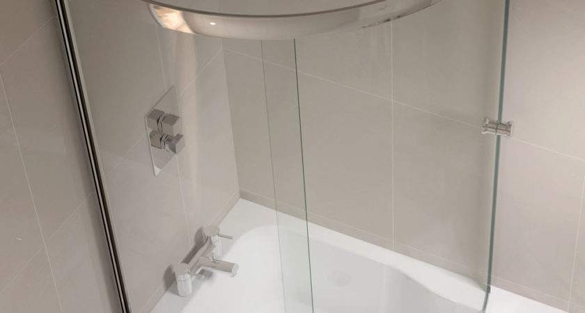 Shaped Shower Bath Fully Enclosed Screen