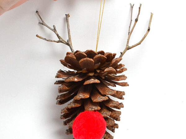 Simple Diy Pine Cone Ornaments Dream Little Bigger