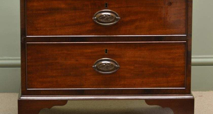 Small Edwardian Mahogany Antique Chest Drawers
