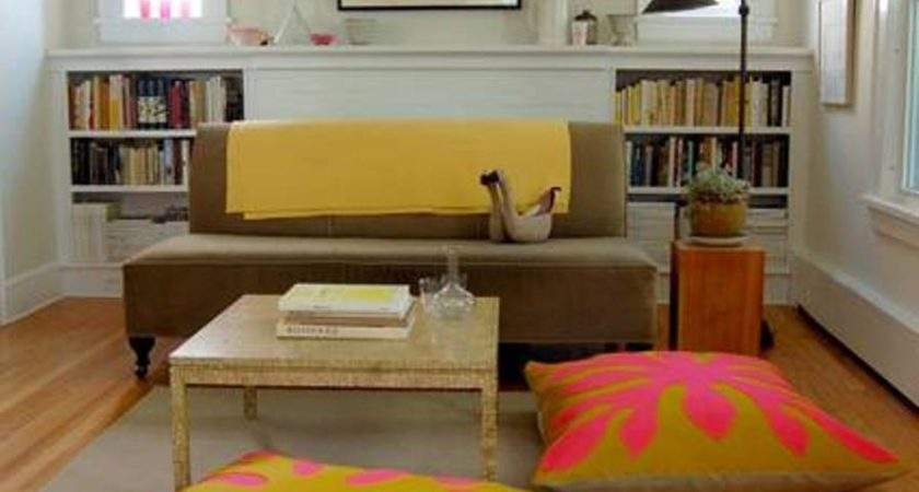 Small Space Living Room Decor Using Rectangle Coffee Desk