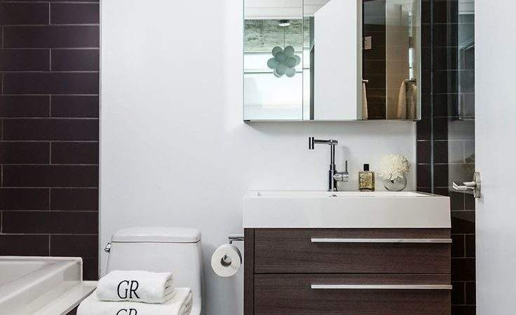Space Saving Tips Modern Small Bathroom Interior