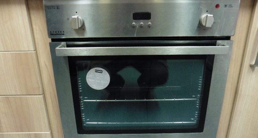 Stoves Newhome Integrated Single Oven Ceramic Hob