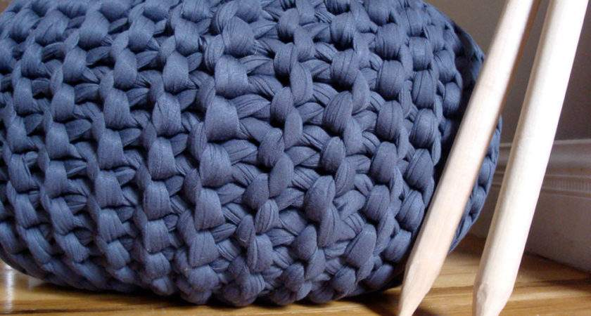 Super Chunky Knit Pouf Charcoal Meduim
