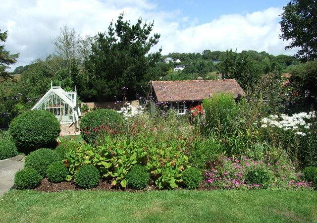 Sussex Thatched Cottage Garden Country