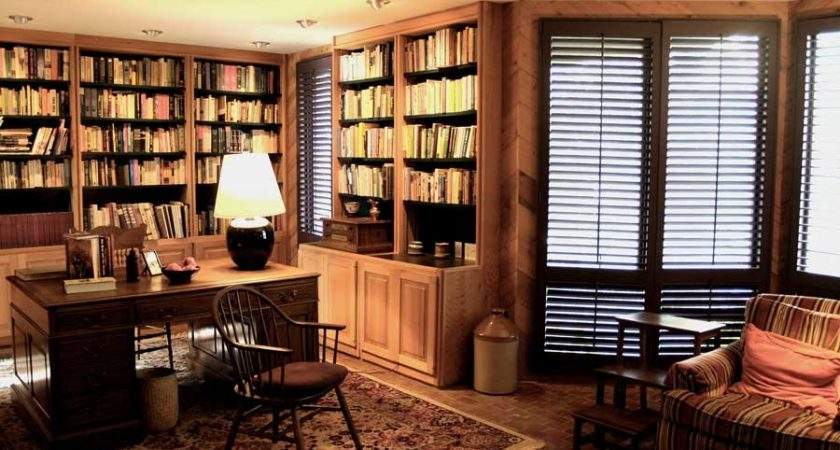 Tips Luxurious Home Office Look Interior Designing