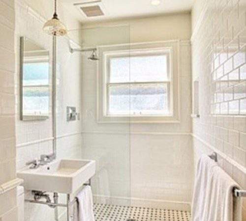 Tips Make Your Small Bathroom Look Larger
