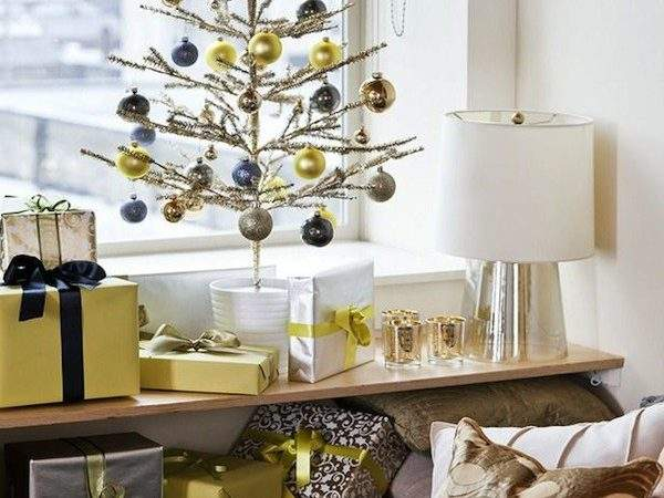 Top Minimalist Modern Christmas Tree Decor Ideas
