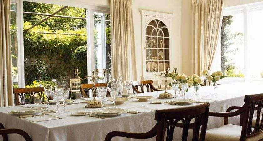 Traditional Decorating Dining Room Designs