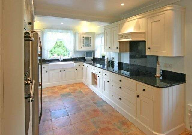 Traditional Design Kitchen Solutions
