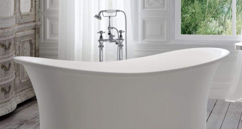 Traditional Roll Top Bath Close