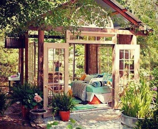 Using Sun Shelters Outdoor Daybed Designs Summer