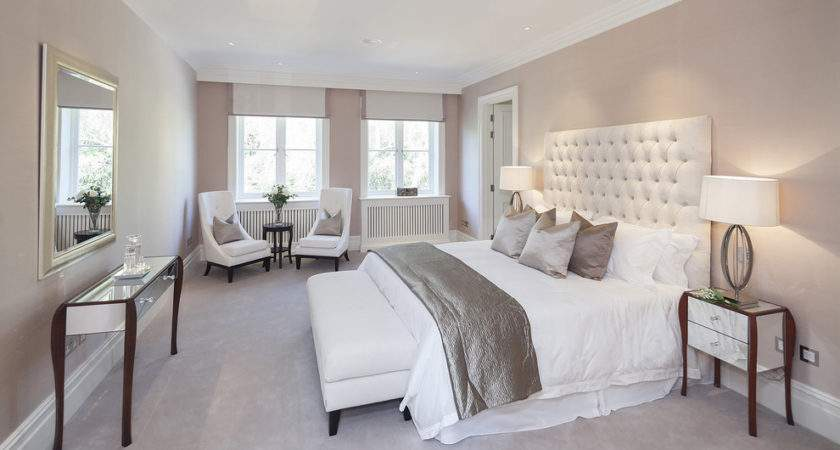 Using Taupe Create Stylish Romantic Bedroom