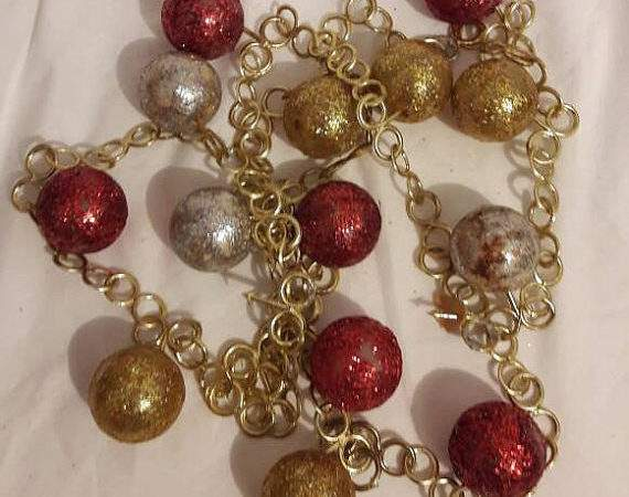 Vintage Christmas Bauble Garland Tree Decorations