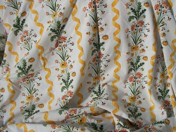 Vintage French Country Cottage Fabric Daisies Buttercups