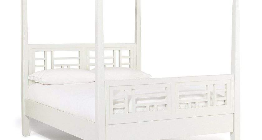White Four Poster Bed Lombok
